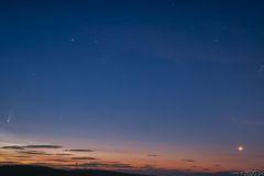 Kométa C/2020 F3 NEOWISE fotené 10.7.2020